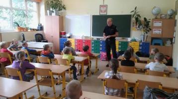 2 A – Bezpieczeństwo na ulicy i w szkole