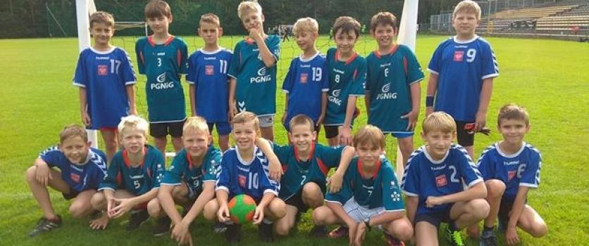 Handball Grass Adventure