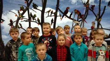 Klasa I a, b z wizytą w Uzarzewie na spotkaniu  z  Św. Mikołajem